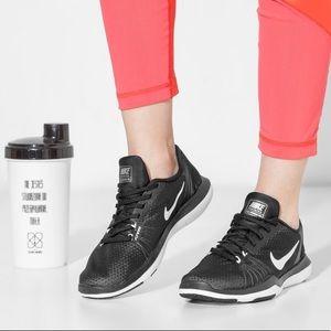 NIB Nike Flex Supreme TR 5 Black Women's Sneakers